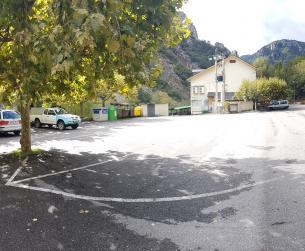 Conjunto turístico a la entrada del Parque Nacional de Ordesa
